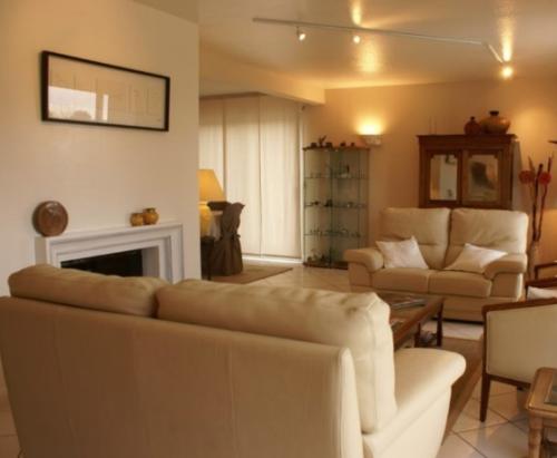Villa / house kerport