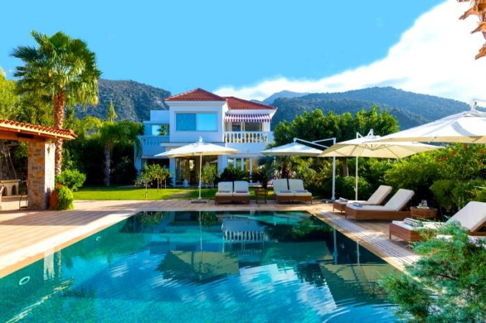 Villa / Haus Calme mer et montagne  zu vermieten in Sisi