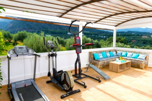 Villa / house calme mer et montagne  to rent in sissi