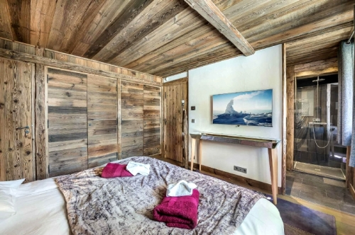 Chalet jupiter to rent in val d'isère