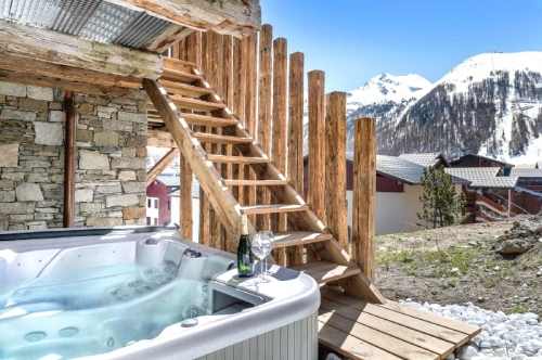 Chalets Jupiter to rent in Val d'Isère