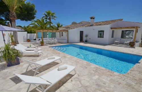 Villa / house Greta to rent in Moraira
