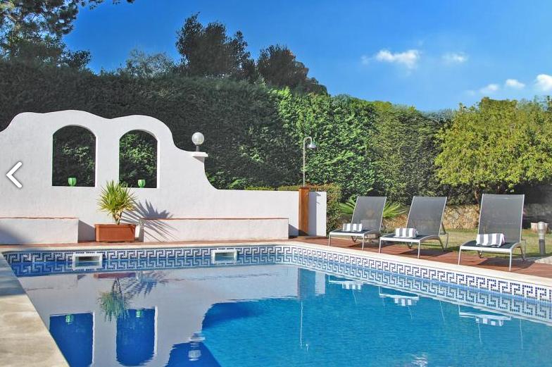 Villa / Maison Bould à louer à Azeitao