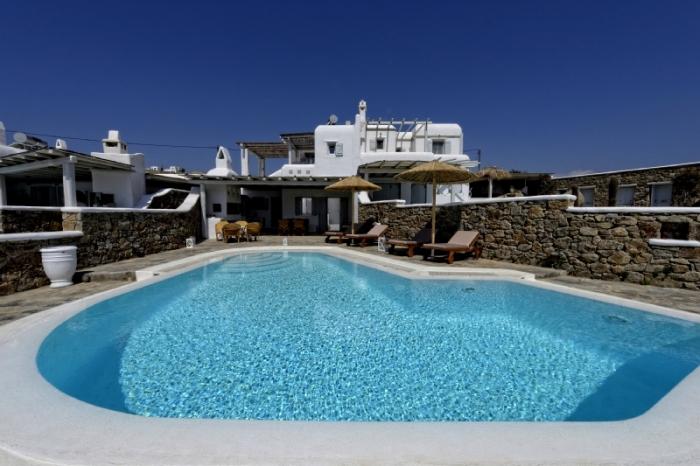 Villa / Haus Lucia zu vermieten in Kalafati