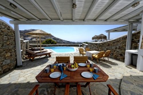 Property villa / house lucia