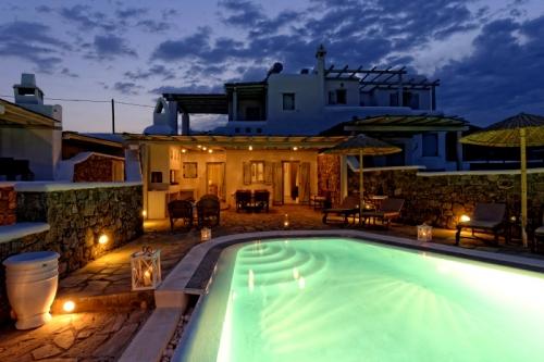 Rental villa / house lucia