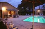 Location saisonnière vue piscine