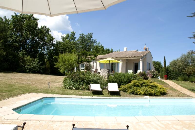 Villa / Maison Pour 6 à pied du centre du village à louer à Cereste
