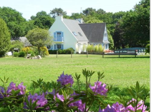 France : fbs10 - Une propriété bretonne