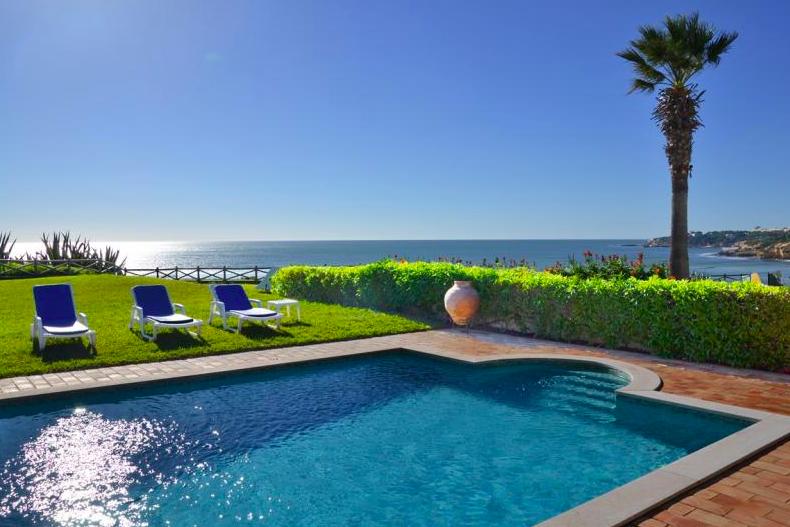 Location villa / maison front de mer