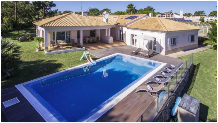 Villa / house LA VERDE to rent in Troia