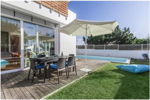 Rental villa / house compa