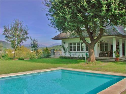 Villa / Maison Cosy à louer à Orrius