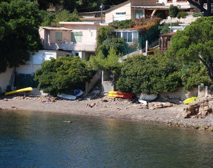 Villa / Maison Pied dans l'eau avec bateau à louer à Carqueiranne