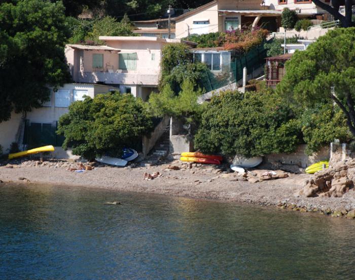 Villa / Haus Pied dans l'eau avec bateau zu vermieten in Carqueiranne