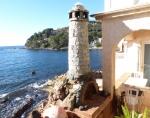 Réserver villa / maison pied dans l'eau avec bateau