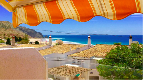 Villa / house GAVOTTE to rent in Praia da luz