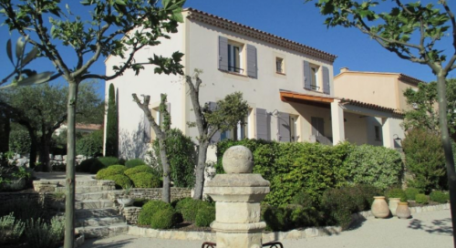 Villa / house MARONI to rent in Gordes