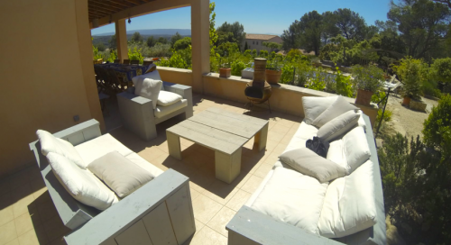 Villa / house sula to rent in fontaine-de-vaucluse