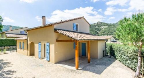 Property villa / house sixtine