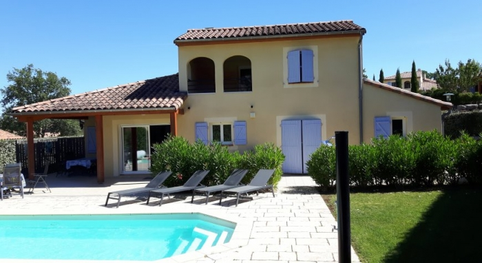 Villa / house FIFTA to rent in Vallon pont d'arc