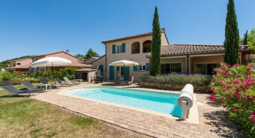 Reserve villa / house flora