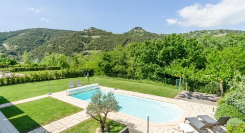 Property villa / house liba