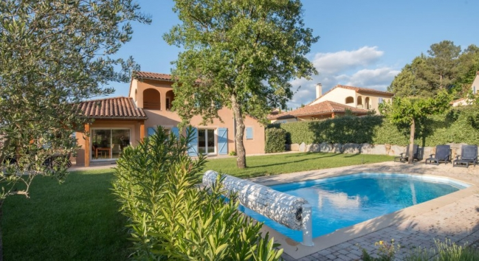 Villa / house REINA to rent in Montélimar