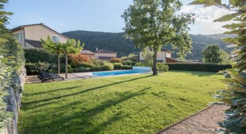 Reserve villa / house reina