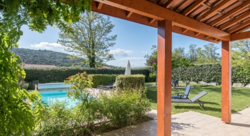 Property villa / house marra
