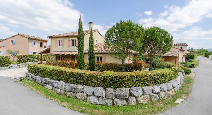 Location villa mont limar 10 personnes ama1004 - Location maison montelimar ...