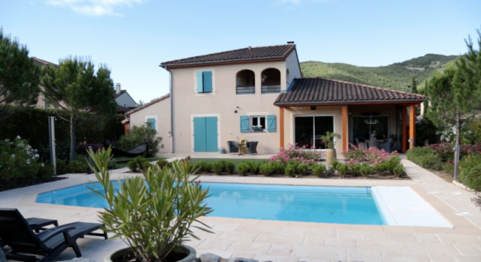 Villa / house HERMES to rent in Montélimar