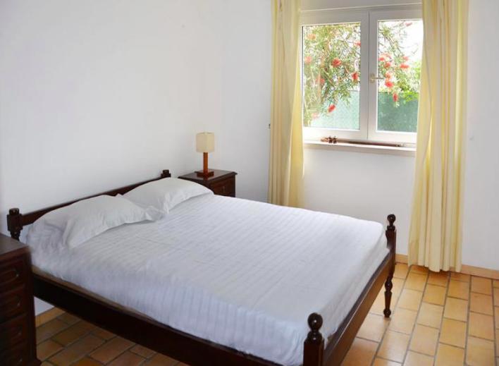 Rental villa / house belisa
