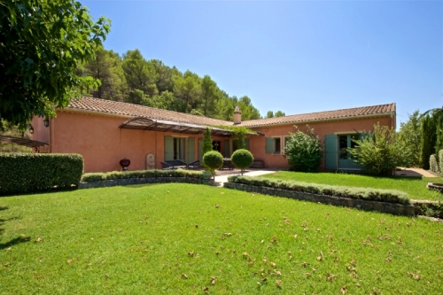 villa in Roussillon , view : Countryside