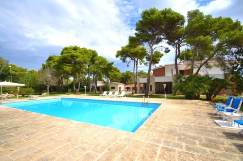 Villa / house ALPHA to rent in San Cataldo