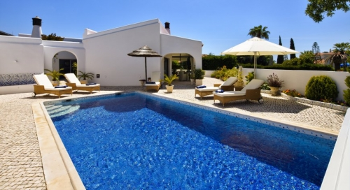 Villa / house roya to rent in  carvoeiro
