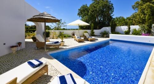 Reserve villa / house roya