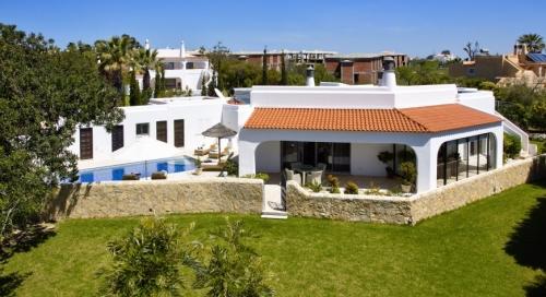 Villa / Maison ROYA à louer à Carvoeiro