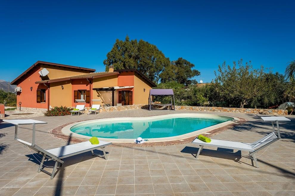 Villa / Maison FLAVIA à louer à Castellammare del Golfo