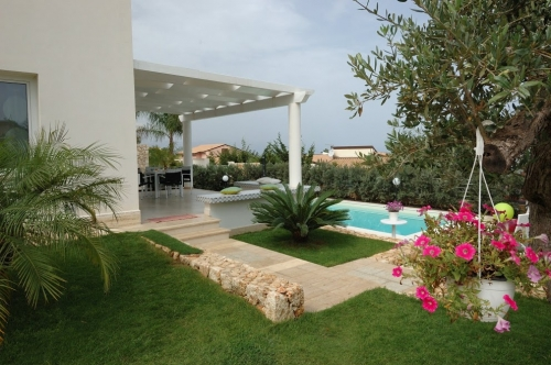 Property villa / house billa