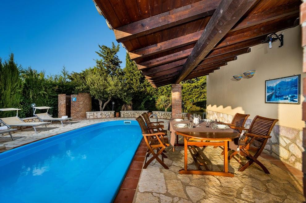 Villa / Maison DALALI à louer à Castellammare del Golfo