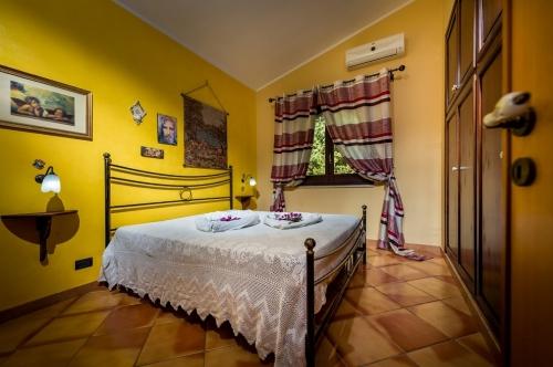 Villa / house dalali to rent in castellammare del golfo