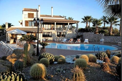 Villa / house DAVI to rent in Trapani