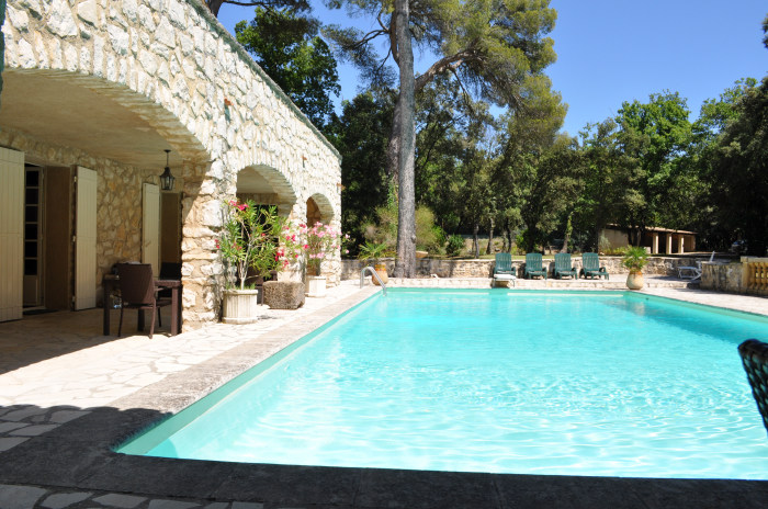 Location villa rognes 14 personnes jb507 for Aix en provence location maison