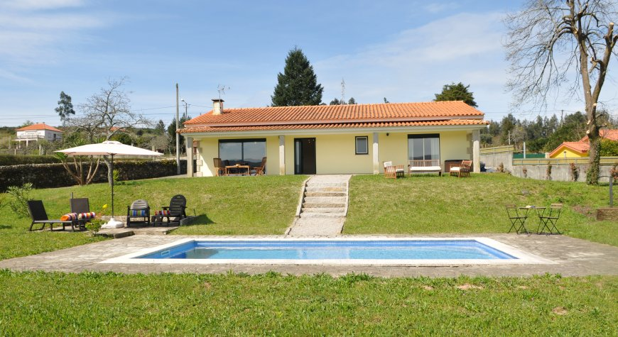 Villa / house BALENCIA to rent in Caminha