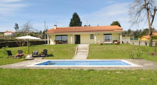 Villa / house BALENCIA to rent in Caminha