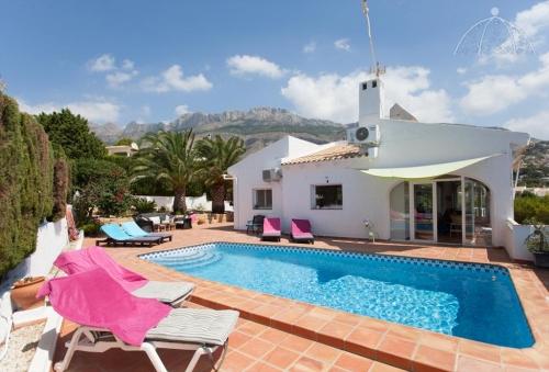 Property villa / house gebella