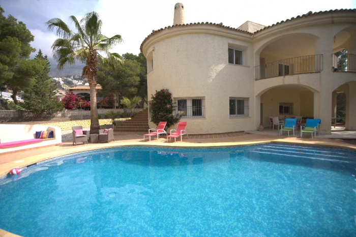 Villa / house TALGA to rent in Altea