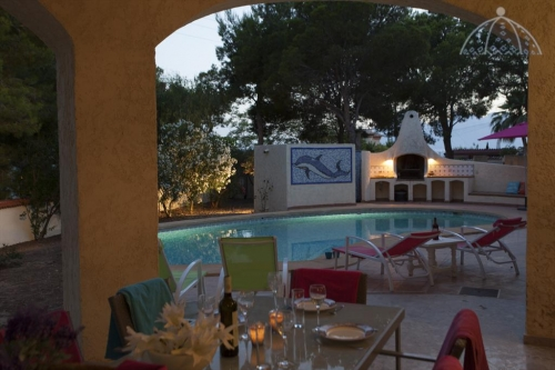 Villa / house talga to rent in altea