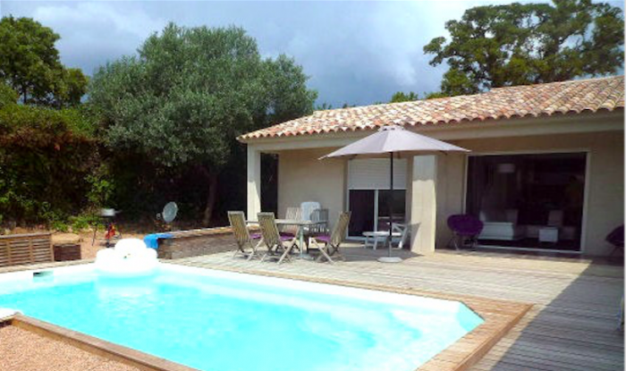 Villa / house CALORA to rent in Porto-Vecchio